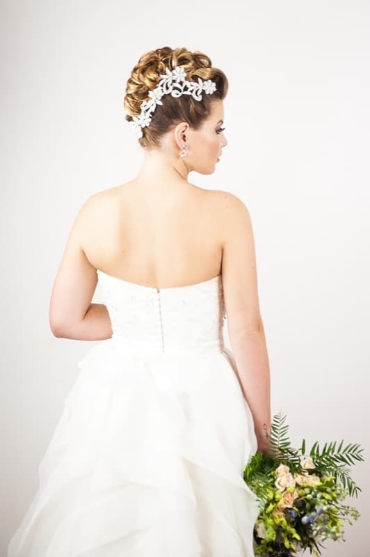 Lace Pearl Hairpiece White