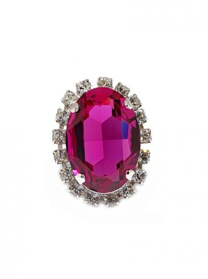 fuchsia swarovski crystal oval ring, striking statement silver oval ring. Featuring a fuchsia swarovski crystal. ring is 4x3cm with an oval shaped crystal onto silver ring